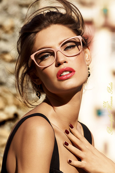 Pictures Of Beautiful Girls In Glasses