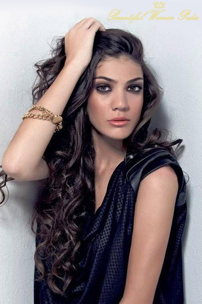 Charming Ivi Adamou Pictures